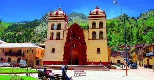 Viajar A Huancavelica, Ciudad Monumental