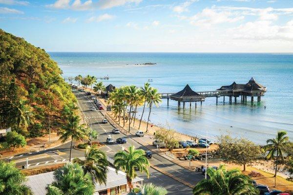 Viajando A Numea Capital De Nueva Caledonia, Coconut Palm Square
