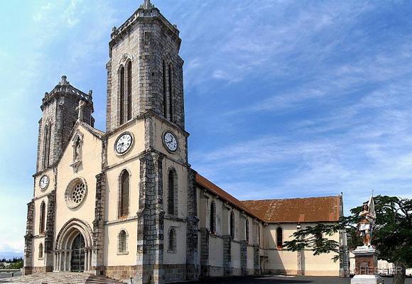 Viajando A Numea Capital De Nueva Caledonia, La Catedral de Saint Joseph