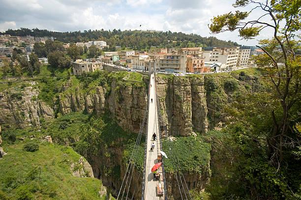 Constantina Argelia, La Ciudad De Los Puentes