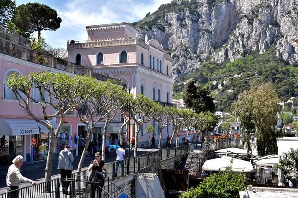 Dónde comer en Capri la isla de azul cobalto