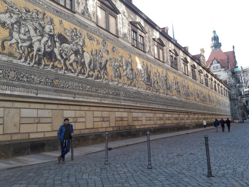 """Dresden"